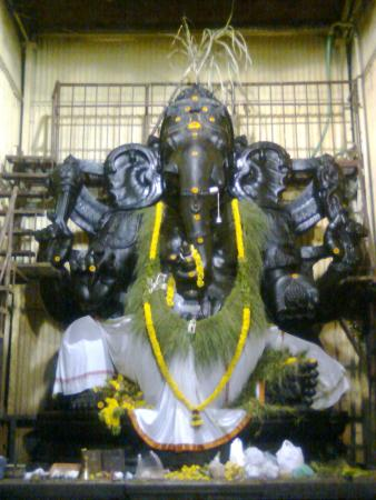 Mundhi Vinayagur Temple