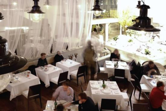 Photo of Seafood Restaurant Estiatorio Milos at 125 W 55th St, New York, NY 10019, United States