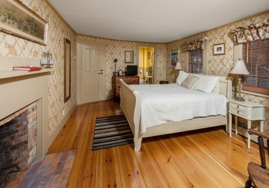 The Black Boar Inn: Littlefield Room
