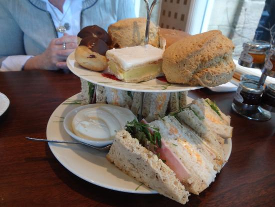 Grange Manor: Afternoon Tea