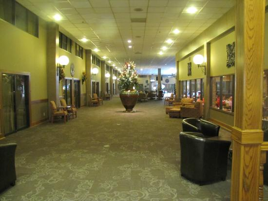 Bon Clarion Inn Garden City: Hotel Interior With New Flooring And Updated Walls