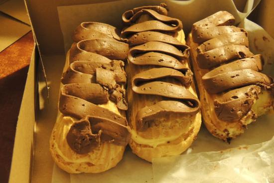 The Solvang Bakery: Bomba