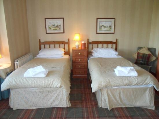 Bargeddie, UK: Twin Room