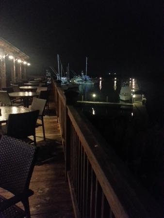 Hook up restaurant biloxi ms