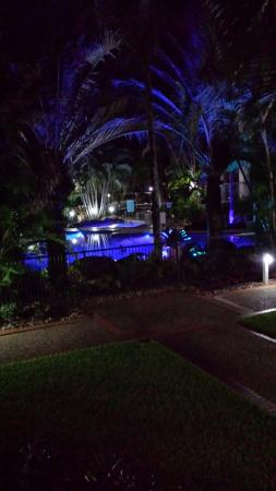 Sanctuary Lake Apartments: Pool at night
