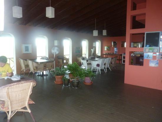 Chez Pierre Bahamas: salle commune