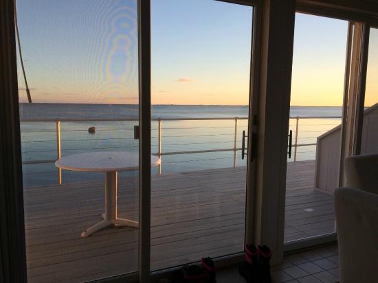 Watermark Inn: terrasse devant la chambre , vue sur mer