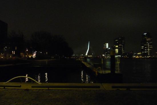 De Ballentent: La vista di Rotterdam