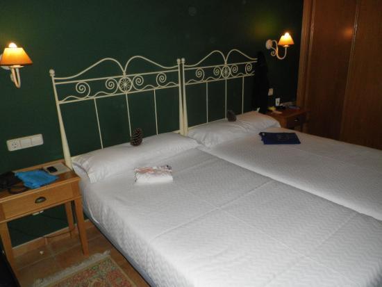 Abeiras: Room