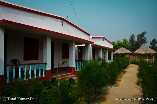 Hotel Mainak On Mandarmani Beach: Cottage back side