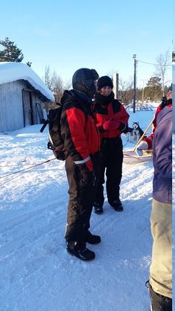 Davvi Arctic Lodge: Thermal suits