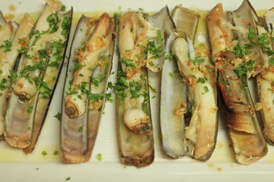 La Gamba Restaurant : Fresh Razor Clams