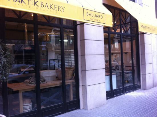 fa ade picture of hotel praktik bakery barcelona tripadvisor. Black Bedroom Furniture Sets. Home Design Ideas