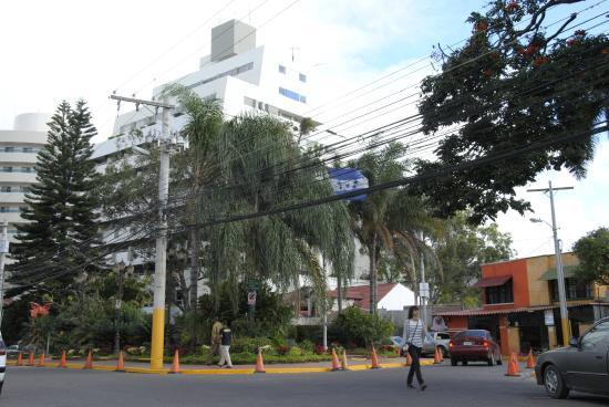 Real Colonial Hotel : Zona Hotelera