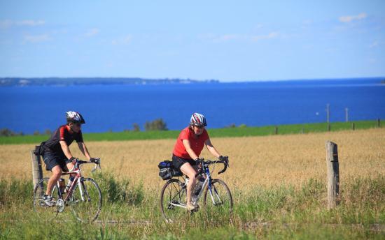 Saguenay–Lac-Saint-Jean Region, Kanada: La Véloroute des Bleuets au lac Saint-Jean - Crédit : Charles-David Robitaille