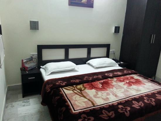 HOTEL AKAAL RESIDENCY: Room