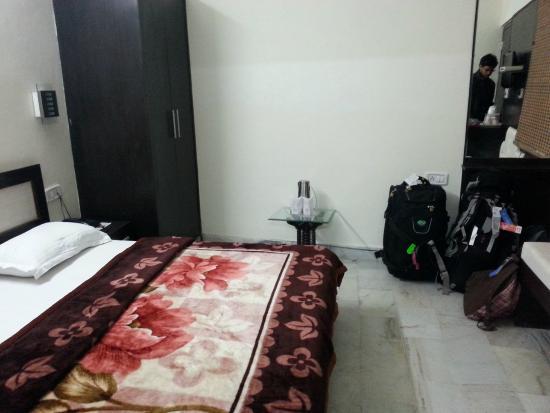 HOTEL AKAAL RESIDENCY : Room