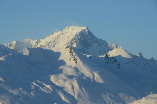 Les Arcs, Francia: the mont blanc from the bar area