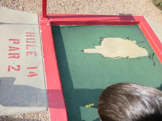 CrackerJax Family Fun & Sports Park: Putting surfaces