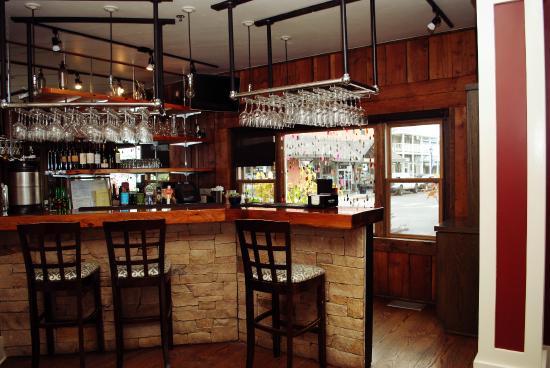 Rupert's: Bar
