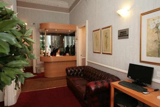 Ambassador Hotel: Main Reception