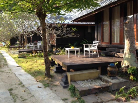 Koh Ngai Thanya Beach Resort: bungalow