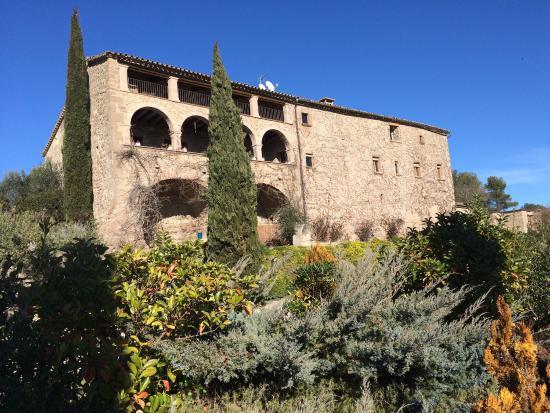 La Garriga de Castelladral: Vista trasera de la finca.