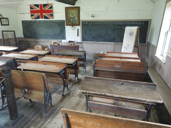 Lang Pioneer Village : Sala de aula