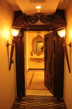 Hotel Jivitesh : Entrance to Presidential Suite