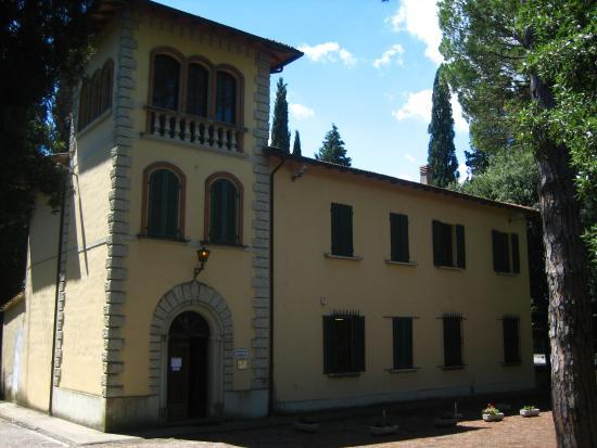 Montopoli in Val d'Arno, Italia: Biblioteca Comunale Villa Dolphin-Camalich