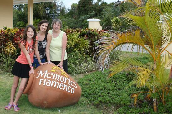 Memories Flamenco Beach Resort: Nice vacation