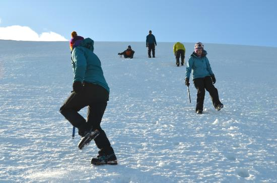 Cairngorm Adventure Guides: Practising Walking on Steep Terrain