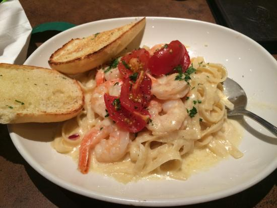 White Spot: Fettuccine Alfredo with prawns