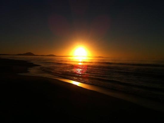 Balneario Argentino: amanecer en el pedregal