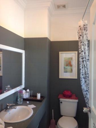 Frangipani Villa Hotel II : Bathroom