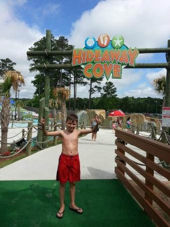 Ocean Breeze Waterpark : On the Bridge to The Adventure River