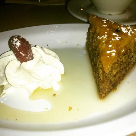 Olympia Grill: baklava and coffee, perfect ending to great meal