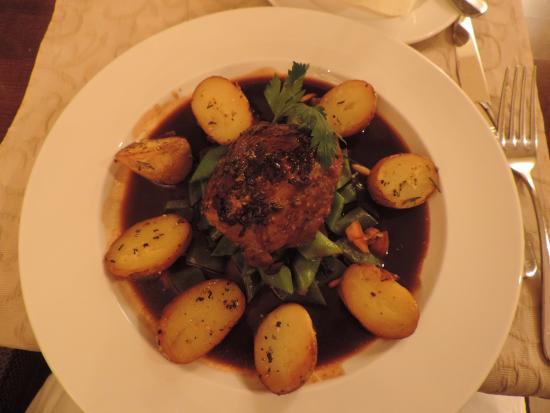 Restaurant Josch: Decent, hearty, good portion.