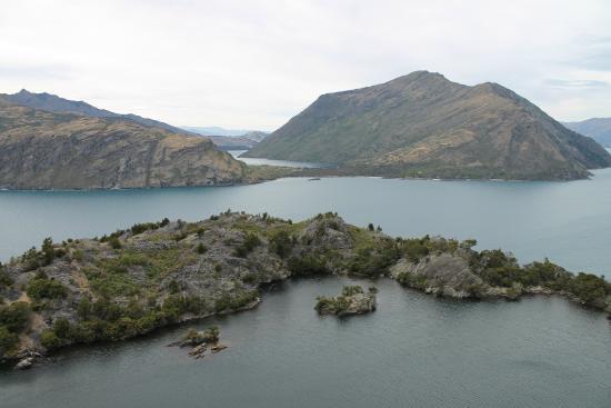 Wanaka, New Zealand: Lake on a lake -Mou Waho