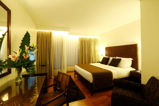 Deluxe King Room Picture Of City Garden Grand Hotel