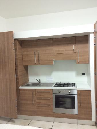 La cucina-armadio della camera Violetta - Foto di Agriturismo Fiori ...