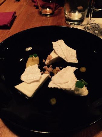 Atelier26: Een hit! (als ik het me goed herinner: semifreddo van citroen, smeuïge ongebakken cheesecake, le