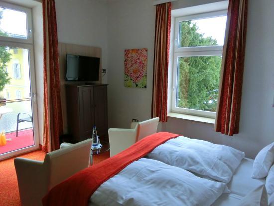 Hotel Almrausch: Zimmer