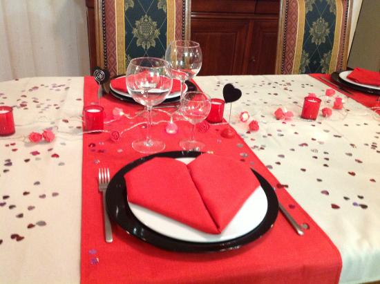 Brilliant Decoration St Valentin Table D Hotes Picture Of Le Clos Home Interior And Landscaping Ferensignezvosmurscom
