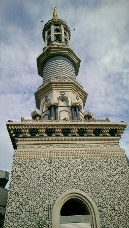 Nagoya, Indonezja: Mosque at Jodoh where the night market is