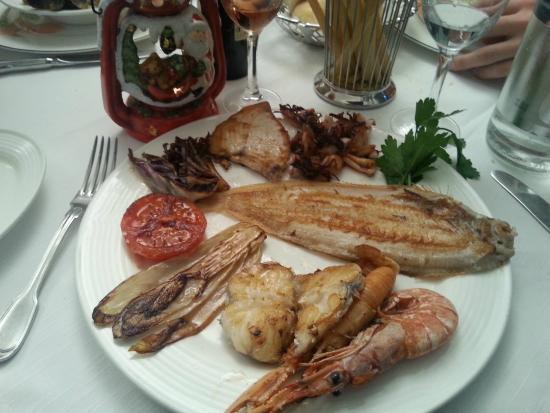 Ristorante Nazionale: Grigliata di pesce