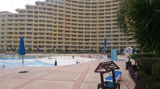 Porto Sokhna Beach Resort Pool Not Working
