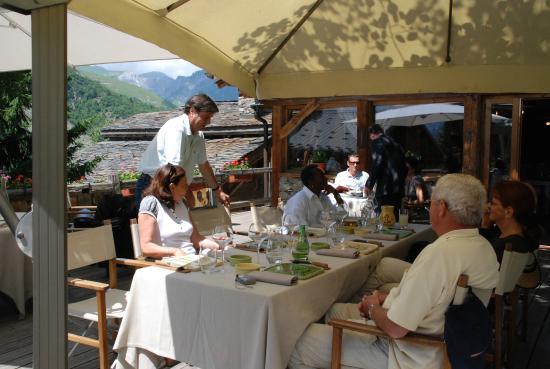 La Bouitte: gezelllig natafelen over de kookcursus