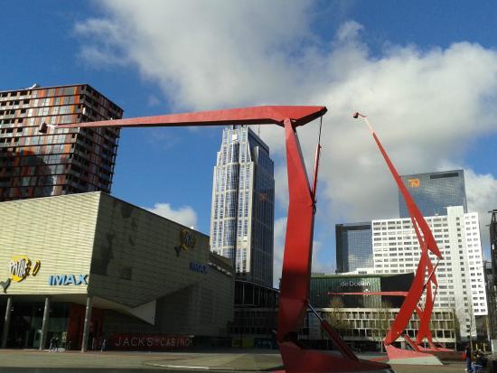 Schouwburgplein: Rotterdam Schouwburg Square