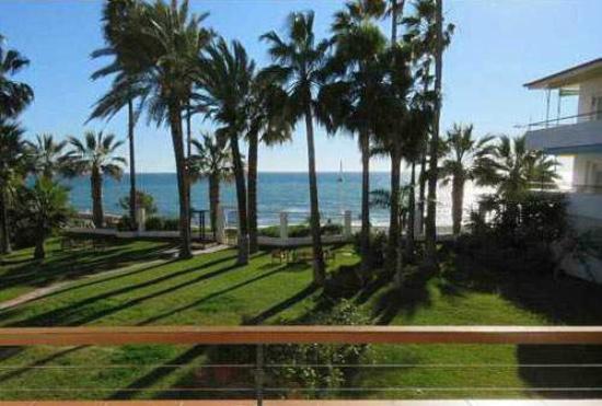 Apartamentos Playa Torrecilla : Type A & B view